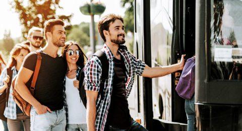 Anreise Bus Shutterstock 2