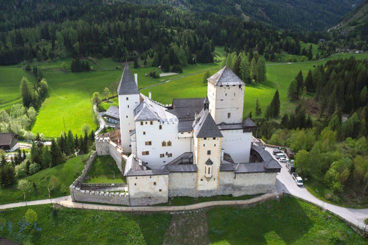 Ausflugsziel Burg Mauterndorf Salzburg Burgen Und Schloesser Betriebsfuehrung 1
