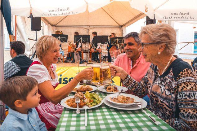 Kulinarik Knoedelfest Tourismusverband Radstadt Andrea Melueh