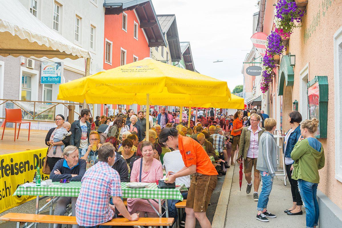 Radstaedter Knoedelfest Tourismusverband Radstadt Lorenz Masser